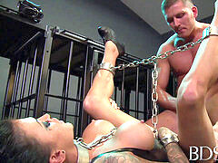 sadism & masochism XXX Sexy tattooed slave gal gets mouth full of cock from Master