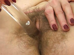 UK mom i`d like to fuck Josie toys her shaggy fanny on toilet