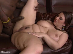 Horny BBW seduced black guy into fucking her chubby hole
