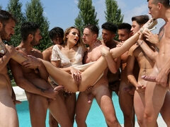 Awesome model Linda Leclair is enjoying her first gangbang action