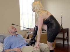 Hot blonde enjoys intense get down and dirty with her bald boyfriend