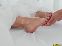 Groß Arsch Latina Solo Füße