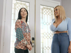 Poor Amber Alena bangs her young neighbor