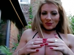 UK Housewife Sexually available mom LyndaDressed in Latex Smoking Outside