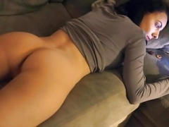 Insanely hot babe farting on her couch