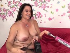Great Aged Leylani Wood Spreads Her Legs for a Making love Machine