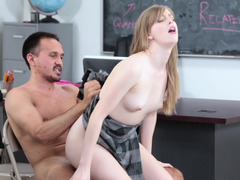 Slutty student receives good marks by fucking her teacher