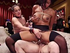 Isot tissit orgia 1