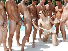 Linda Leclair bukkaked by a football team