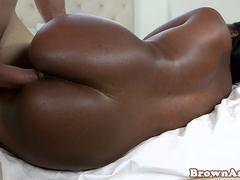 Booty ebony beauty bouncing roundass on cock