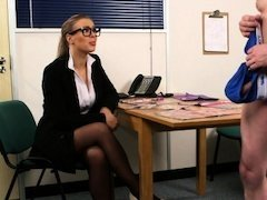 Spex UK chick humiliates tugging lad
