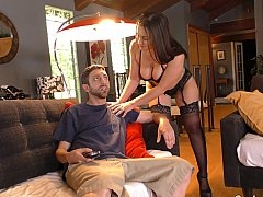 Cuck watches her give head a BBC
