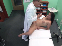 Cindy Loarn receives vaginal exam from doc