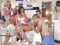 Bi-curious orgy hunks pounding vag and booty